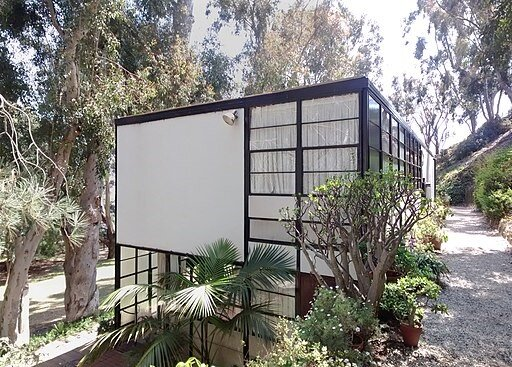 Charles and Ray Eames Case Study House in Pacific Palisades, CA. Photo courtesy of Gunnar Klack and Wikimedia Commons