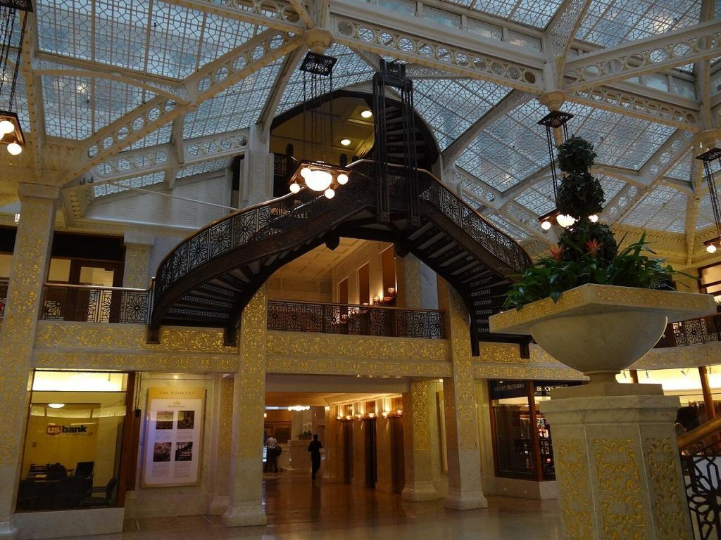Lobby of Frank Lloyd Wright's The Rookery in Chicago. Photo courtesy of Esther Westerveld and Wikimedia Commons