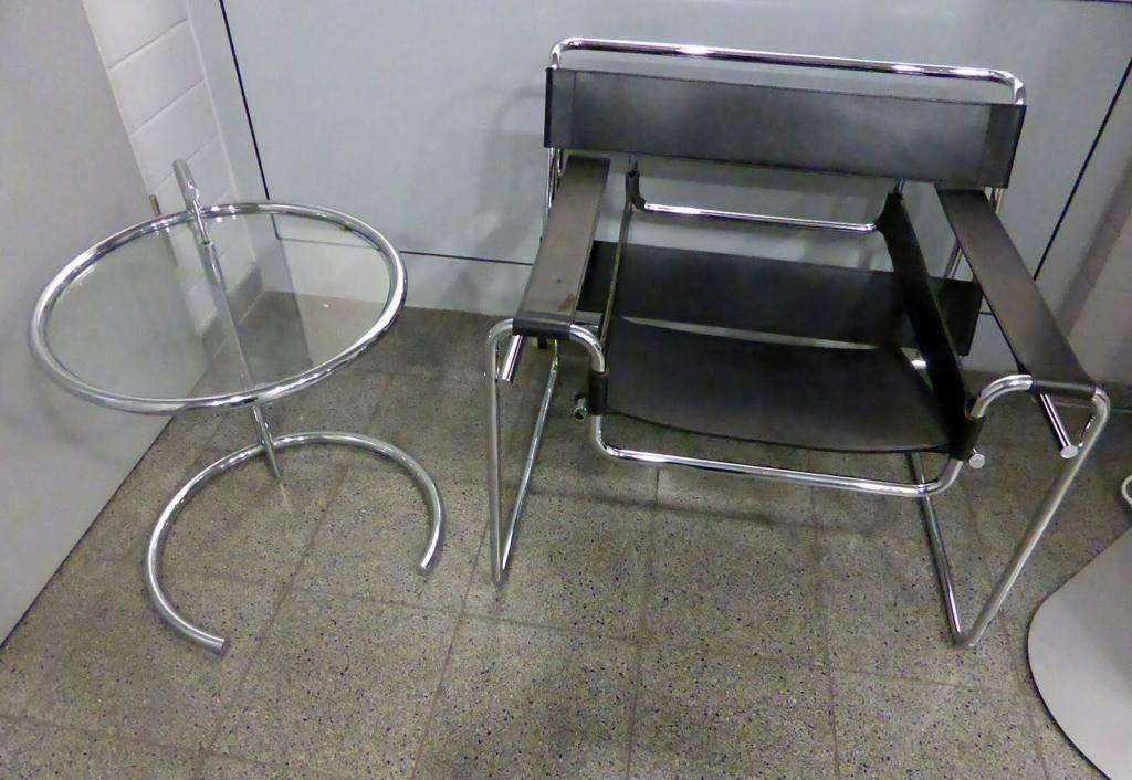 Eileen Gray's furniture designs became simpler over time.