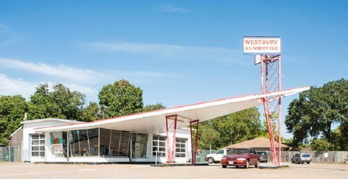Photo: W. Airport-Hester and Hardaway Photographers Houston's Westbury Automotive is a Mid Century Modern classic.
